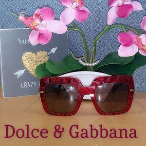 🌹🔥Dolce & Gabbana Sunglasses❤️